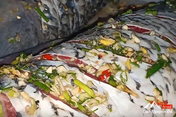 Cách làm cá chép hấp bia thơm ngon bổ dưỡng ăn không ngán